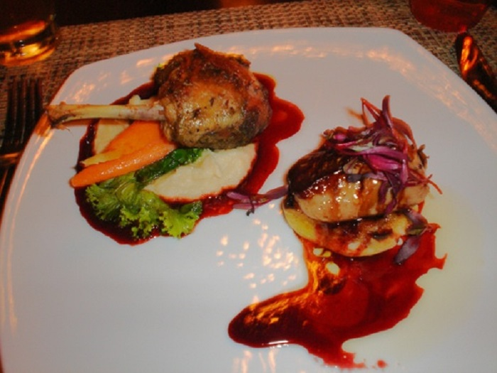 Photo Credit: http://sandiegorestaurants.typepad.com/san_diego_restaurant_revi/2007/02/stingaree.html